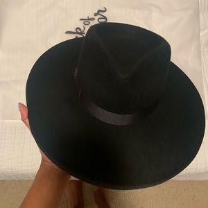 Lack of color rancher hat